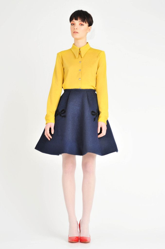 Lilith bows skirt, I want that skirt!