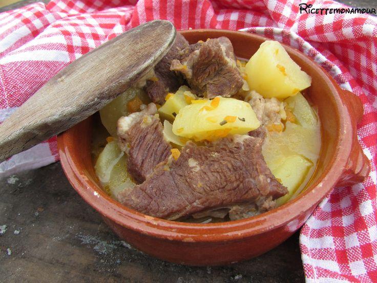 Spezzatino in pentola a pressione con le patate