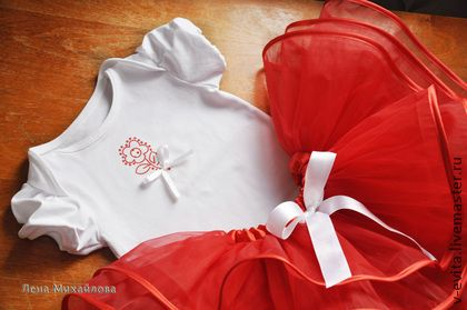 Комплект `Аленький цветочек`. Яркий наряд для маленькой крохи: юбка из фатина, топ из хлопкового трикотажа. Подойдет для девочки  ростом 74-86 см.  Возможно выполнение в другом цвете и размере.
