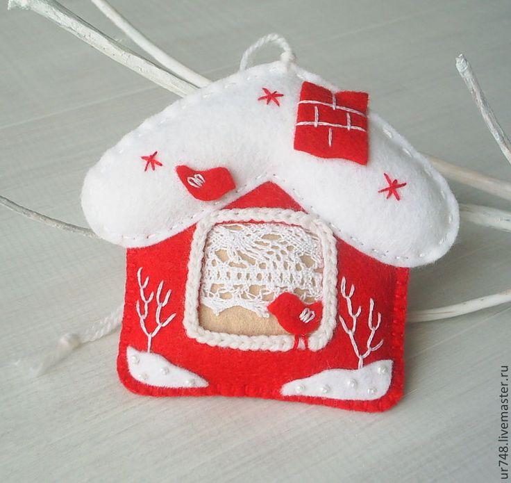 """Купить Елочная игрушка-домик """"Зима за окном"""" - ярко-красный, новогодний подарок"""