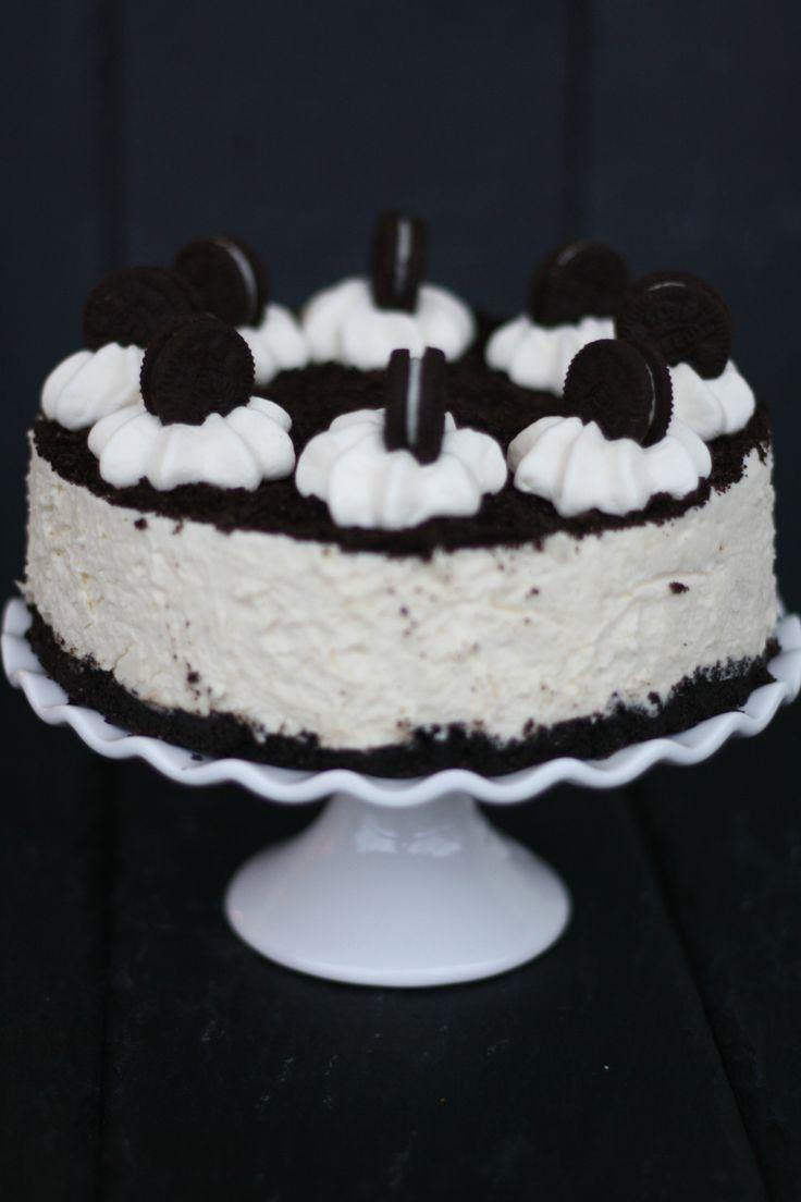 Bei dieser Torte in Schwarz-Weiß läuft uns das Wasser im Mund zusammen. #Schwarz-Weiß