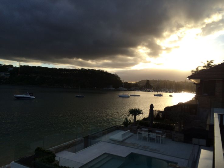 Moody light on middle harbour