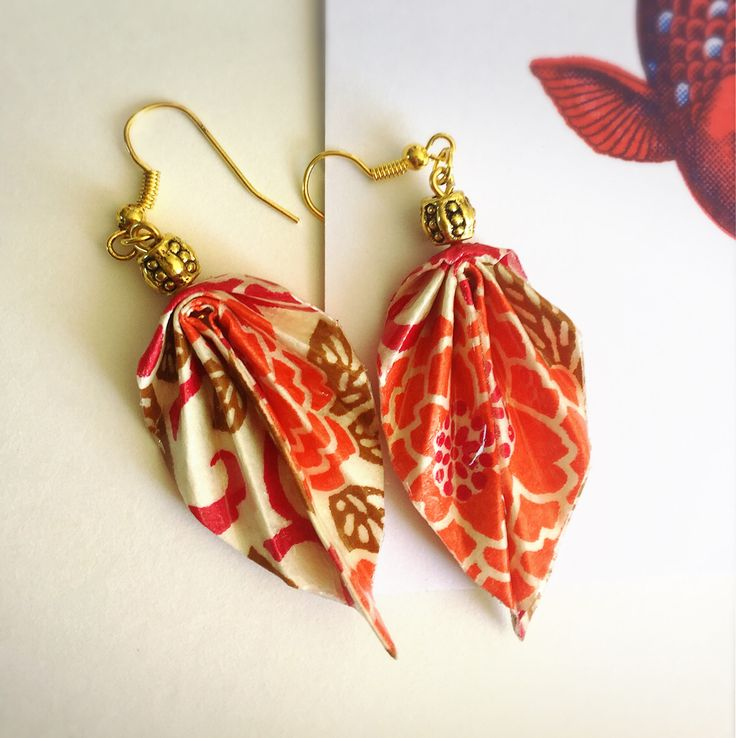 Etsy のBijoux ORIGAMI, Boucles d'oreille, Feuille, washi, rose, ORIGAMI Jewelry, Leaf Earrings, pink(ショップ名:Chizoukou)
