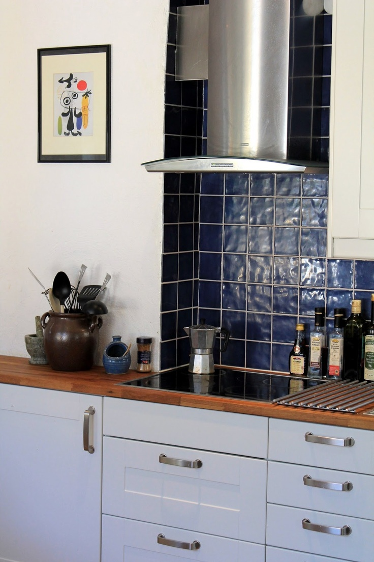 My Delights: Blue kitchen tiles