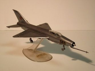 MIG 21 by VEB Plasticart. Details: http://pufiland.weebly.com/planes.html