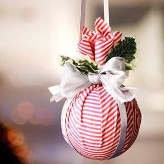 esferas sencillas de navidad