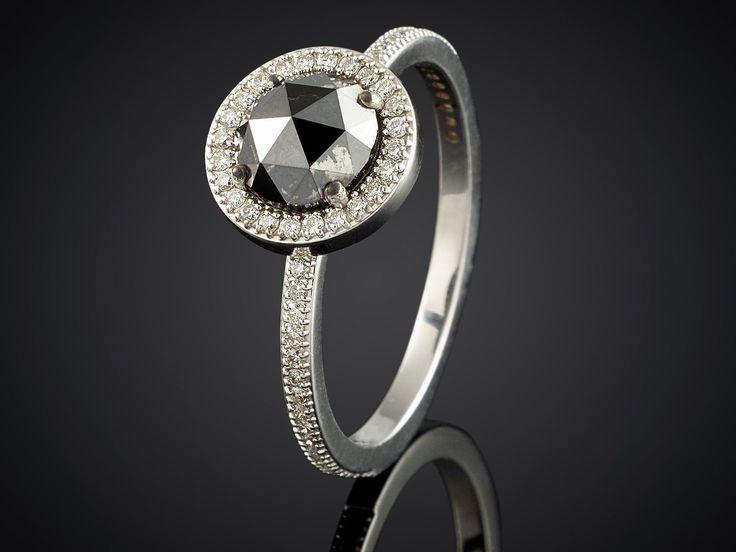 Ring witgoud met zwarte roos diamant