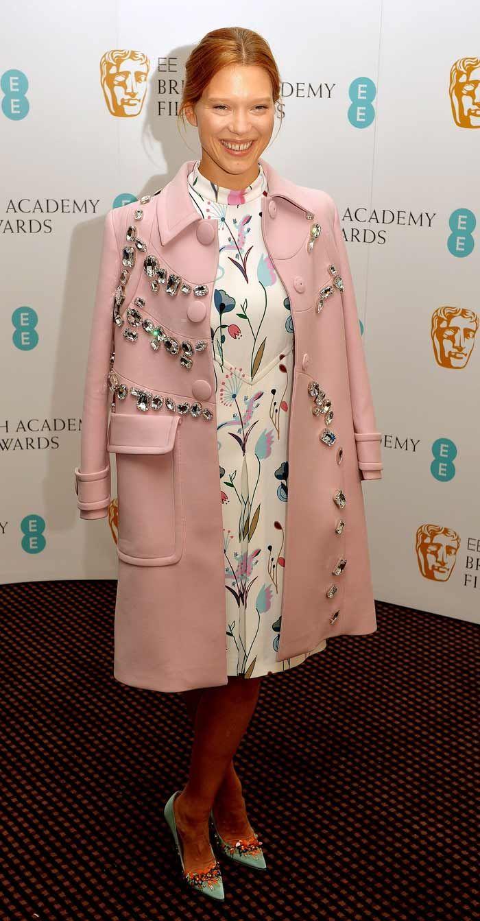 syle inspo: Lea Seydoux. Coat and dress. #styleinspiration #leaseydoux