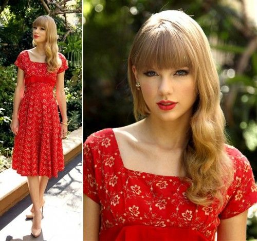 Taylor Swift Casual Outfits | Taylor Swift's Cream and red lace dress in The Guardian | What Would ...