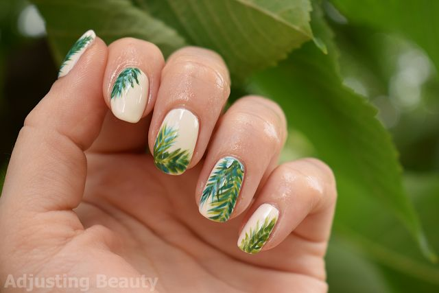 Tropical Palm Leafs Nails (green, white)