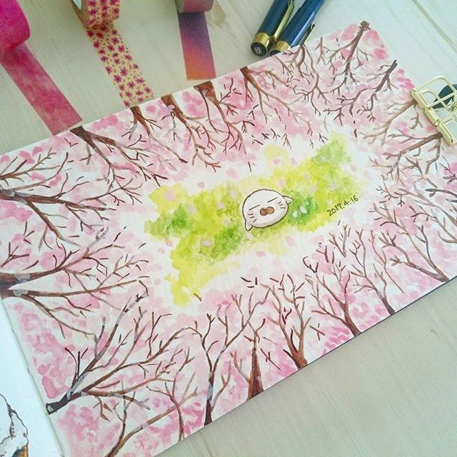 ponta_1005・ 2017.4.16 ・ 私が住んでいるところは土日が見頃でした(*Ü*) ・ お弁当を持って朝早くからお花見に。 ・ 準備やなんかで疲れましたが、もこもこ桜に癒されました♡ ・ ・ ・ #ほぼ日風#ほぼ日もどき#diary#イラスト#日記#絵日記#お絵かき#dorwing#スケッチブック#ペン#ponta日記#ponta_1005#水彩#ホルベイン#不透明水彩#モレスキン#桜#花見2017/04/19 09:55:59