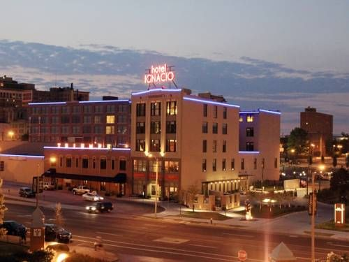 Hotel Ignacio - Saint Louis (3411 Olive Street) This centrally located boutique hotel offers 2 on-site restaurants and gym, and has free bikes available for guests. Adjacent to Saint Louis University, Hotel Ignacio provides free WiFi in every room. #bestworldhotels #hotel #hotels #travel #us #missouri