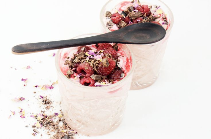 veggielicious-raspberry-chocolate-mousse