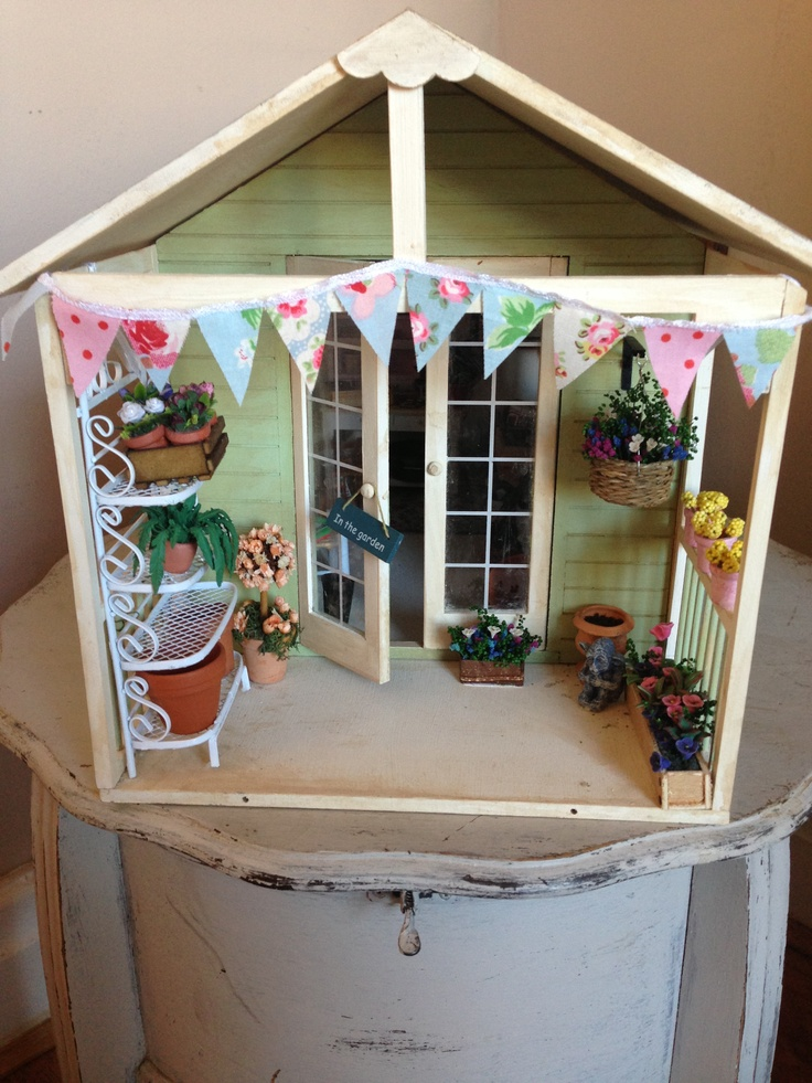 Finished miniature potting shed potting shed miniature for Mini potting shed