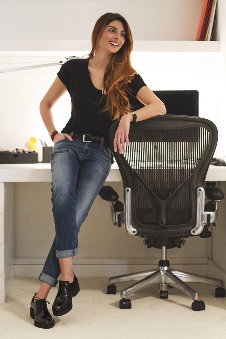 We love our #brogues, dont you? Celebrity journalist Anthi Salagoudi knows how to rock in this pair of Boss shoes!