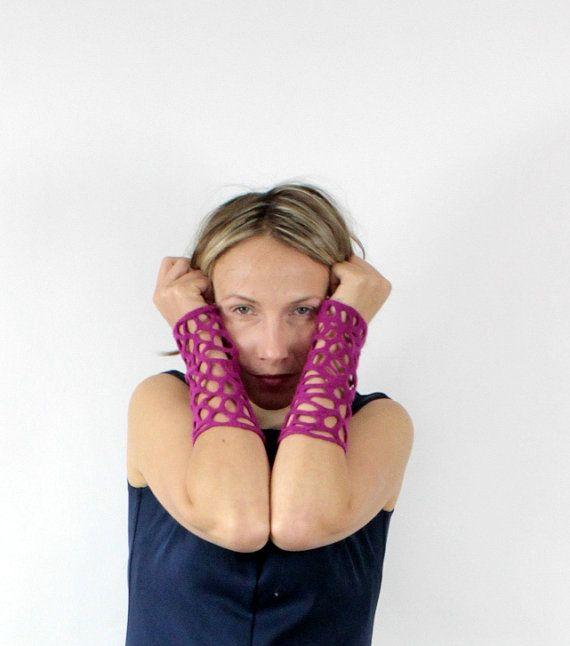 felted lace wristwarmers wool texturised in by FeltFieltroFilc, €13.00