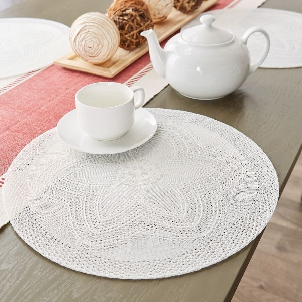 White Woven Round Placemats Set Of 6 In 2020 Floral Placemats Design Imports Modern Table Decor