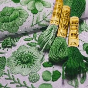 Green - dedicated to hand embroidery. http://broderiemyworld.tumblr.com/