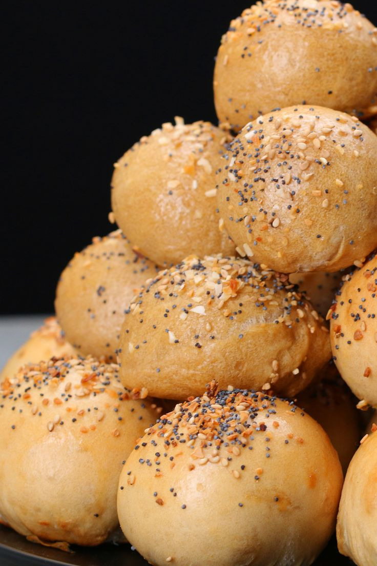 Cream Cheese-Stuffed Bagel Bites