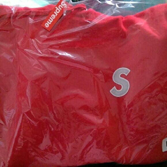 Supreme S logo reflective hoody Medium From the nyc drop 4/14/16 Red or grey size medium, new in packaging never opened. Has a reflective S and the hood says supreme  I also have red S logo sweatpants (S and L), and all black camo camp hat with the box logo Supreme Tops Sweatshirts & Hoodies