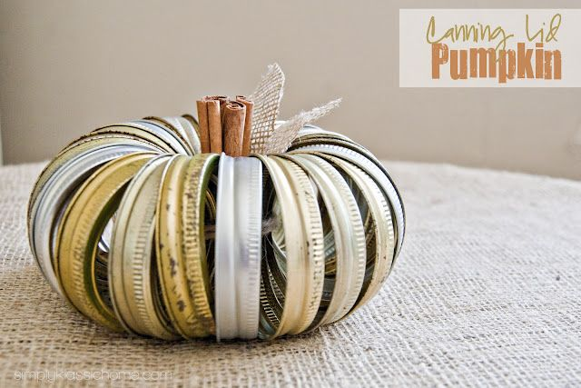 Adorable Canning Lid Pumpkin with cinnamon stick stem & burlap leaves! (Simply Klassic Home)