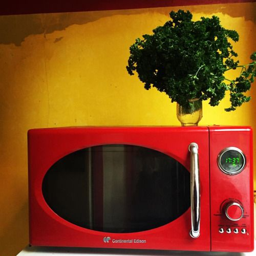 Cuisine intérieur jaune rouge vert #jaune #rouge #vert #cuisine...