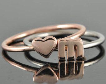 Anelli impilabili iniziale / iniziale nome anello. lettere