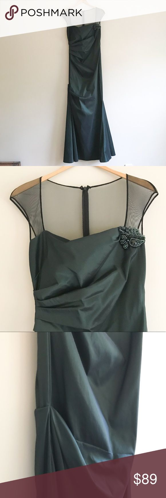 David Meister Emerald Formal Gown Wear this stunning David Meister formal gown to your next black tie event or wedding. Emerald color is perfect for the fall and holidays. Slim fit with trumpet skirt and ruching on the side, embellished detail at collar. Mesh top. Only worn once. David Meister Dresses Prom