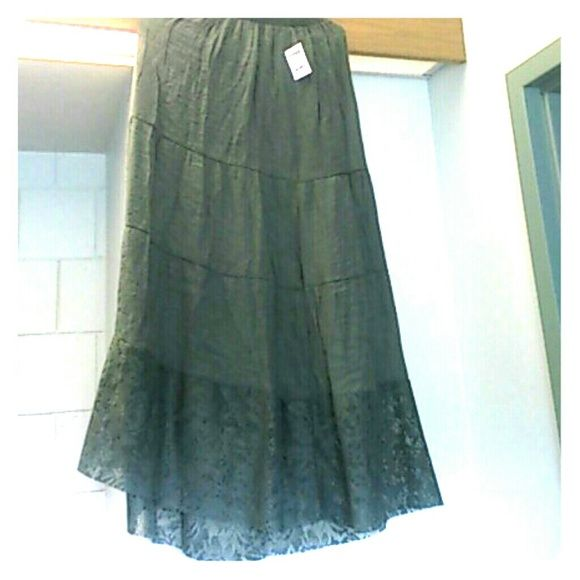 Olive maxi skirt with lace ends Olive maxi skirt with lace ends Charlotte Russe Skirts Maxi