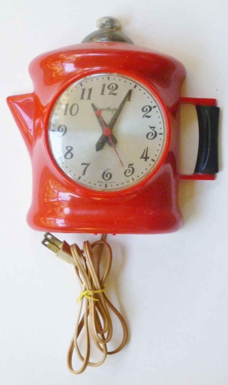 love this vintage red coffee pot clock!