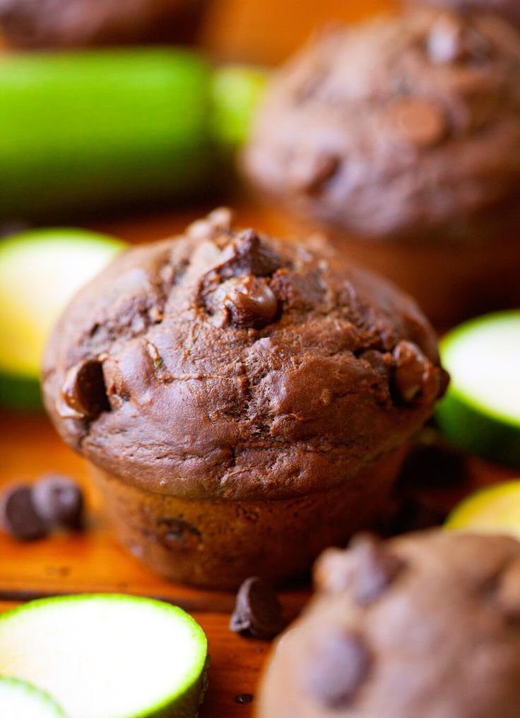 Double Chocolate Zucchini Muffins – Moist, Quick and Easy Muffin Recipe! Loaded with chocolate and the very best way to sneak vegetables into your diet! ~ http://www.julieseatsandtreats.com