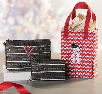 Thirty-One Gifts Holiday Gift Guide - Christmas - Presents - Great ideas!  mythirtyone.com/heidinewlin FB: Peace, Love & Bags Heidi Newlin