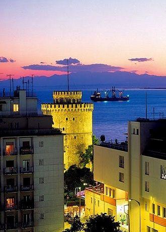 Thessaloniki at dusk.. Greece   Aziz Produkt