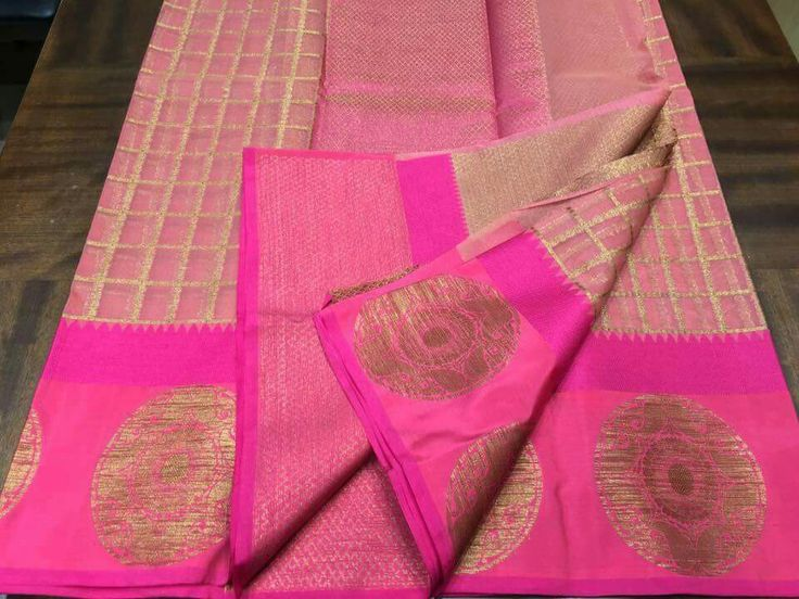 Zari Kota with satin borders. Price:2650 Order what's app 7995736811