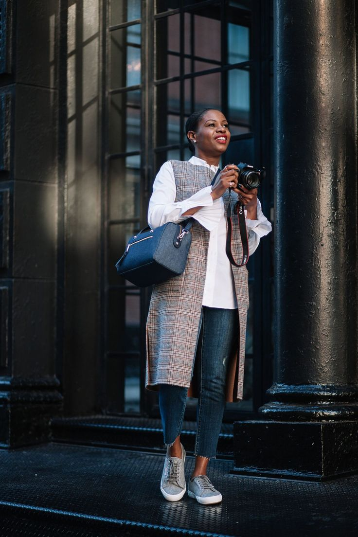 How to style a white shirt for fall