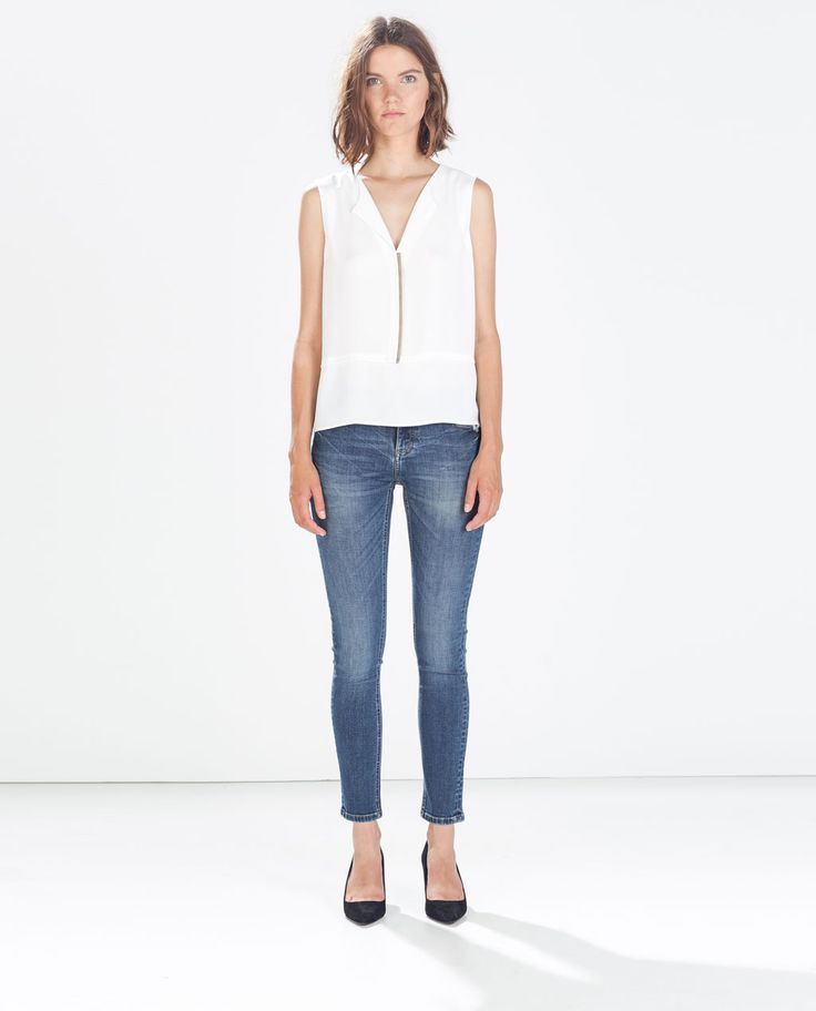 Image 1 of LOW RISE SKINNY FIT JEANS from Zara