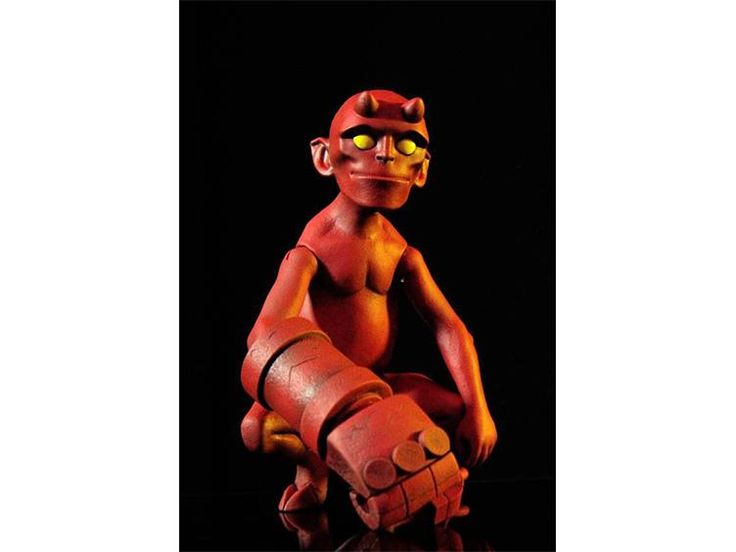 Baby Hellboy 1/6 Scale Collectible Figure - Hellboy Figures