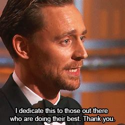 Tom Hiddleston dedicates his Golden Globe to aid workers in South Sudan
