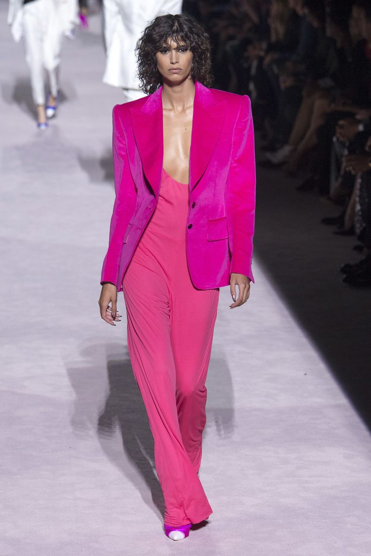 a4039f5a14 Tom Ford Spring 2018 Ready-to-Wear Collection Photos - Vogue