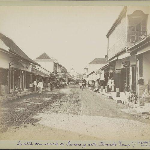 Straatgezicht in het Chinese kamp te Semarang, anonymous, c. 1870 - c. 1910 - Rijksmuseum