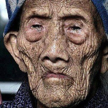 A Chinese woman born in 1885 and still alive! - 127 year old  Imagine the stories she has to tell!  I hope someone is writing them down.