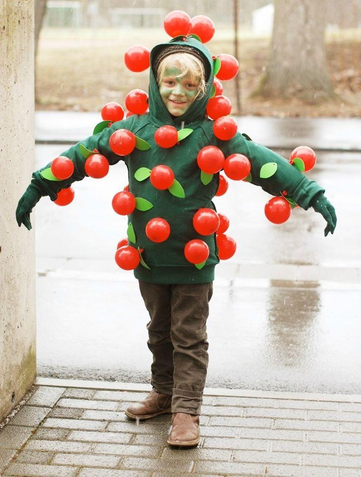 Balloon Apple Tree Costume DIY