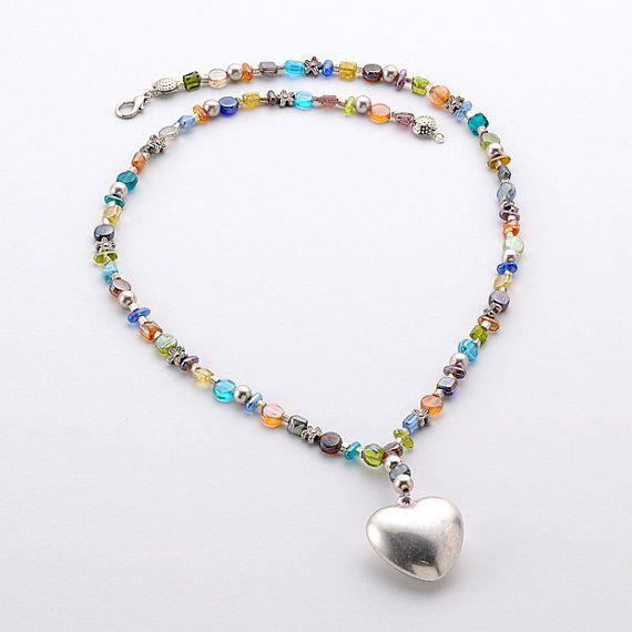 Collana  Cœur    OOAK di jewelrysoutache su Etsy, €18.00