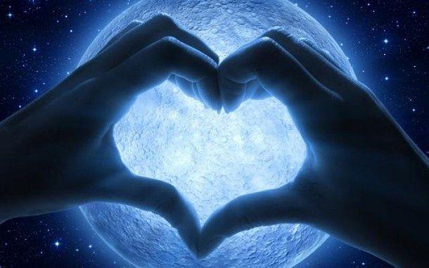 Mondkraft heute 15. Dezember 2017 - Liebe und Kommunikationsfähigkeit  Guten Morgen... ich wünsche euch einen wunderschönen Freitag mit vielen liebevollen und bereichernden Begegnungen