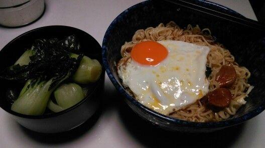 20150526 黑雨下的早餐