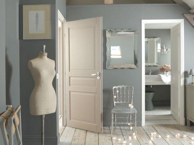 Les 25 meilleures id es de la cat gorie peinture beige - Peindre une chambre en gris et blanc ...