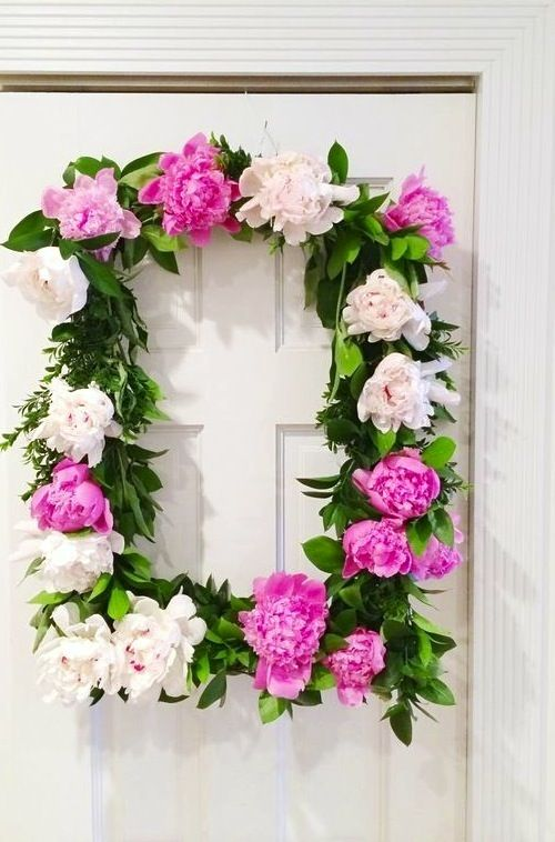 How to make a peony wreath