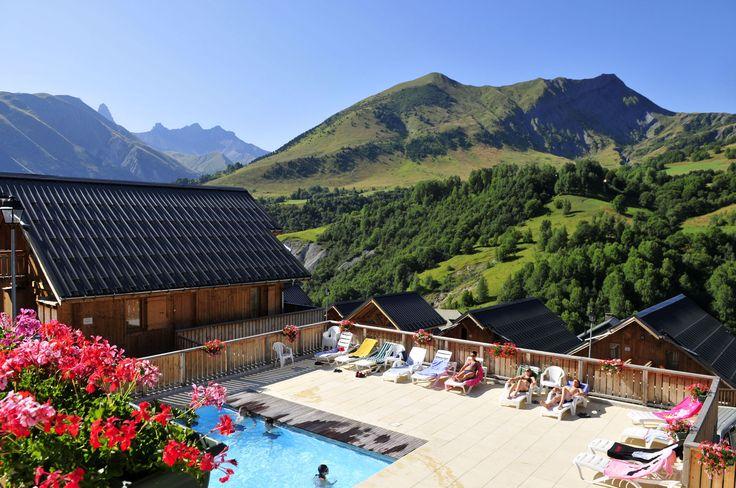 En été, comme en hiver, profitez de la piscine.