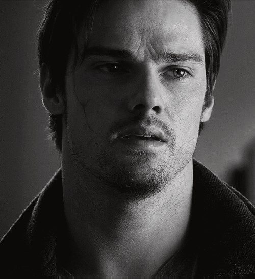 Jay Ryan As Vincent Keller Beauty And The Beast