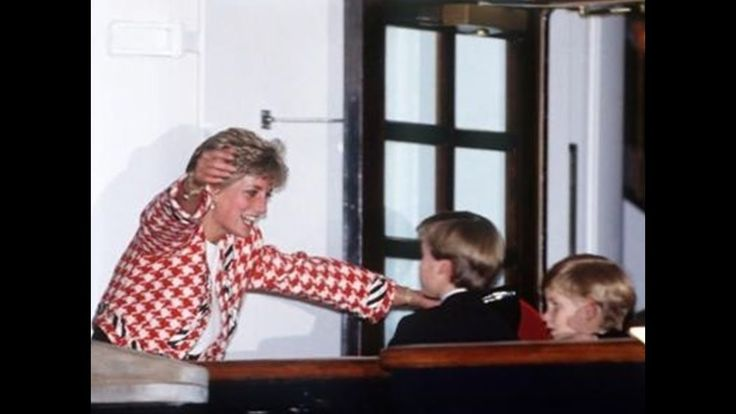 Princes Diana & Prince Charles greeting Princes William-Harry on the dec...